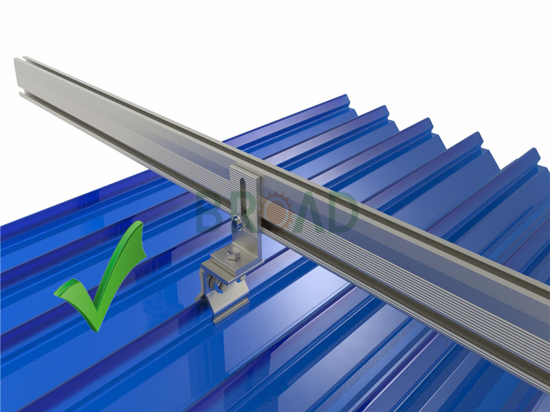 solar mounting rail for roof