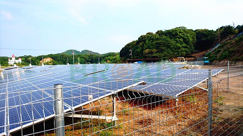ground mounted solar array